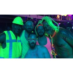 6.8.2021 NEON Party